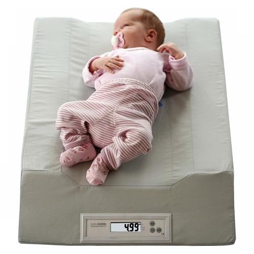 Skötmadrass med integrerad Barnvåg Babykiddo