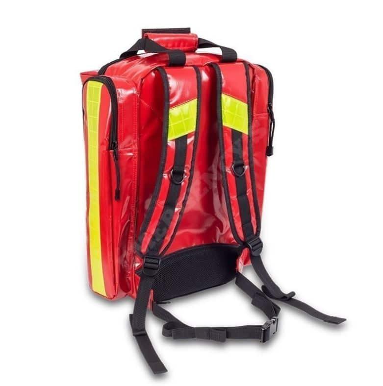 baksidan av ryggsäcken syns med axelremarna