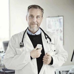 visar kardiolog Cristos tillsammans med Hjärtflimmerkollen och Coala Heart Monitor Arytmiutredning