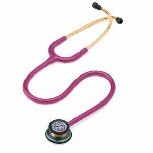 Bilden visar stetoskop Littmann Classic III modell 5806.